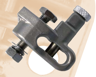 Quick and convienient towbar safety chain connector